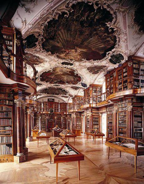 Biblioteca-Abadia-Saint-Gall-St-Gallen-Suiza